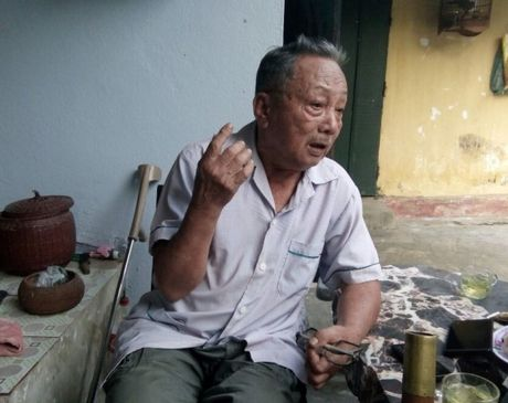 TP Thanh Hoa: Thay giao THCS danh hoc sinh bi thuong - Anh 2