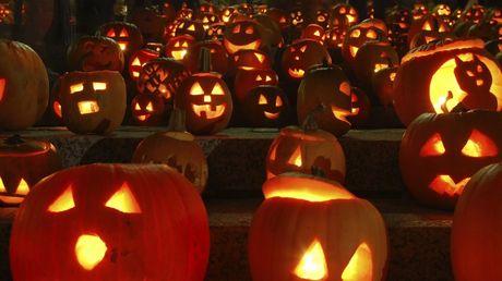 Lich su ngay Halloween nhieu nguoi chua biet - Anh 1