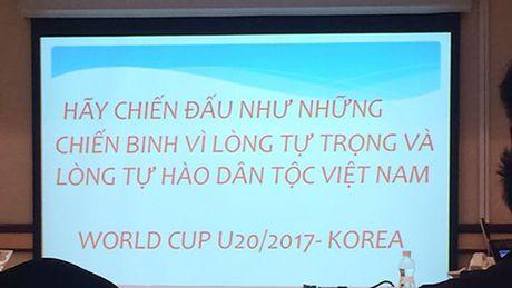 Tran Thanh het loi khen ngoi HLV Hoang Anh Tuan - Anh 2