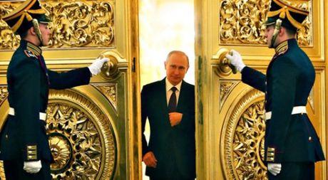 Tong thong Putin co the qua da lam hai nuoc Nga - Anh 1