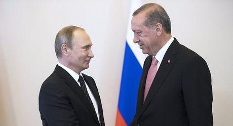 Tong thong Putin co the qua da lam hai nuoc Nga - Anh 3