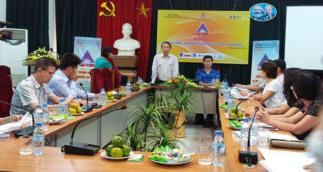 15 doanh nghiep duoc nhan Giai thuong 'Doanh nghiep vi nguoi lao dong' - Anh 1