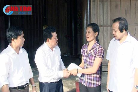 Samsung Viet Nam se ho tro 6 ty xay nha cho nguoi dan vung lu - Anh 19