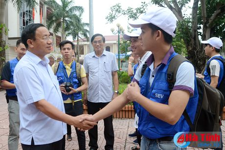 Samsung Viet Nam se ho tro 6 ty xay nha cho nguoi dan vung lu - Anh 3