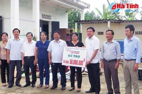 Samsung Viet Nam se ho tro 6 ty xay nha cho nguoi dan vung lu - Anh 5