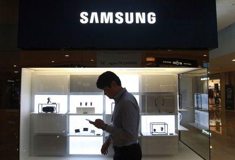 Nguoi Han Quoc 'nhuc nha' vi vu thu hoi Galaxy Note 7 - Anh 1
