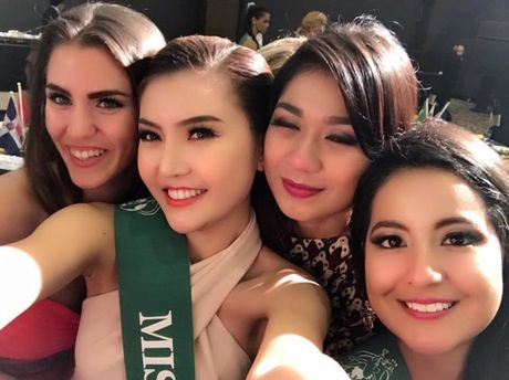 "Ngoc Duyen dang quang ""Nu hoang Sac dep Toan cau 2016"" - Anh 5"