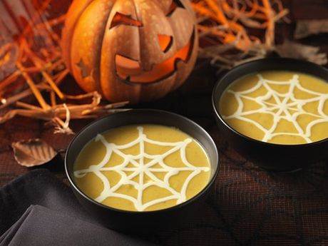 Nhung mon an truyen thong khong the thieu dem Halloween - Anh 2