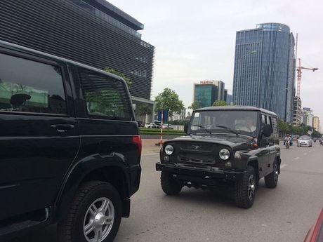 Duoc mien thue, xe Nga cung kho long chinh phuc khach Viet - Anh 2
