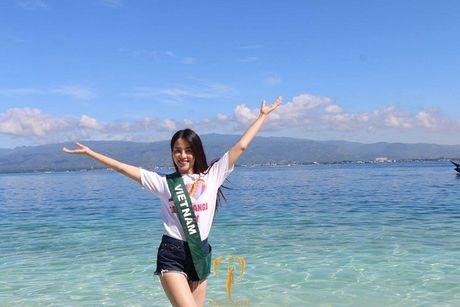 Nam Em duoc chuyen gia sac dep xep hang cao tai Miss Earth - Anh 1