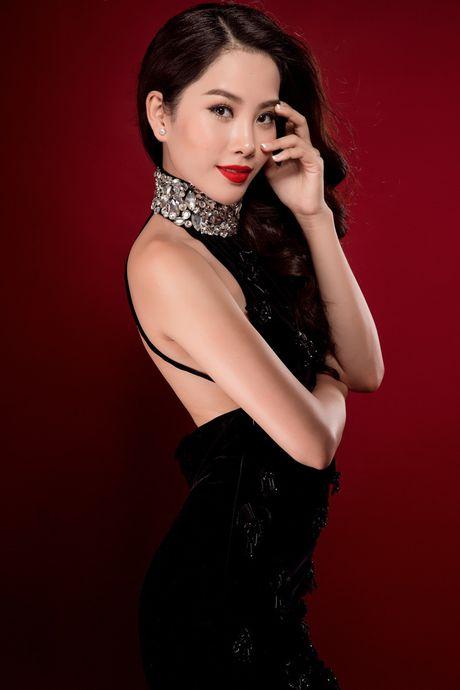 Nam Em duoc chuyen gia sac dep xep hang cao tai Miss Earth - Anh 5