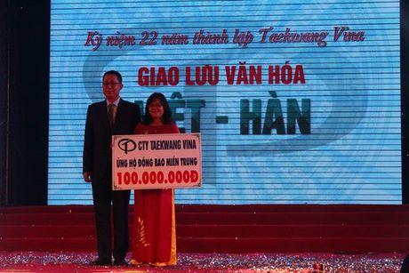 Hon 10.000 cong nhan tham gia giao luu van hoa Viet – Han - Anh 9