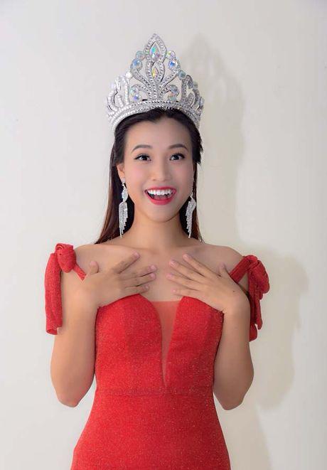 Trinh Kim Chi bat tay lam vo 'Hoa hau ao lang' - Anh 2