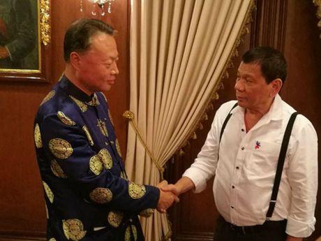 Bac Kinh gui Manila 2 trieu USD cuu tro sau sieu bao - Anh 2