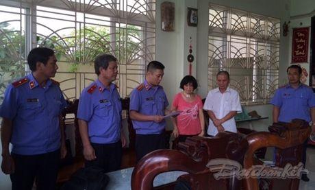 Bat giam nguyen Chi cuc truong THADS huyen Phong Dien - Anh 1