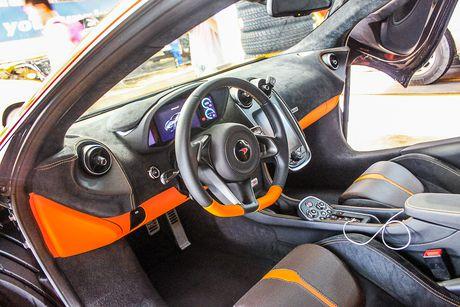 Sieu xe McLaren 570S mau cam nam tien - Anh 10