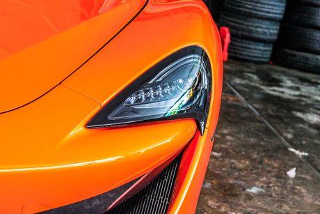 Sieu xe McLaren 570S mau cam nam tien - Anh 6