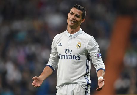 Ronaldo truoc the luc danh pha tu truyen thong - Anh 1