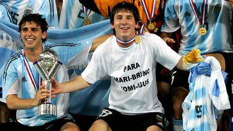U20 World Cup: Maradona, Figo, Messi, Pogba va U19 Viet Nam - Anh 2