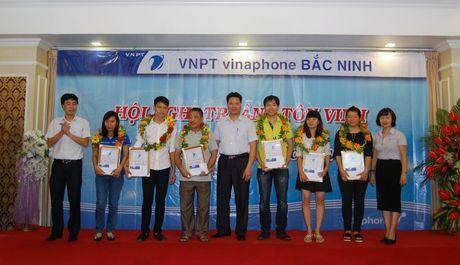 VNPT Bac Ninh tri an, ton vinh cac diem ban hang - Anh 1