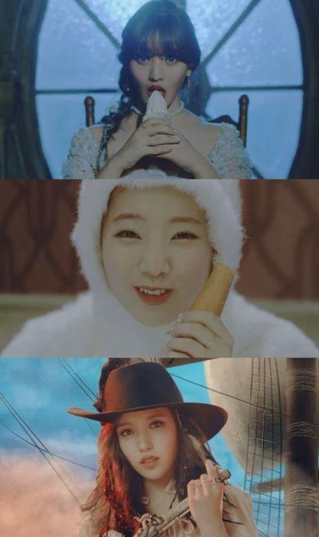 Xem MV gay tranh cai vi dam dac 'tinh duc' cua nhom nhac K-pop Twice - Anh 2
