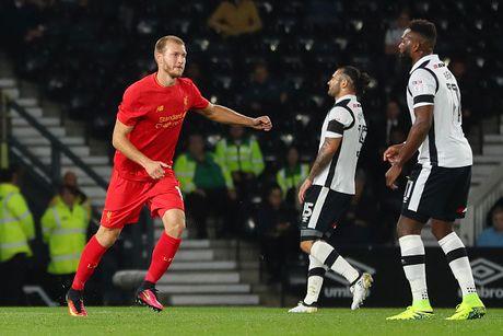 Doi hinh du kien giup Liverpool danh bai Tottenham o League Cup - Anh 4