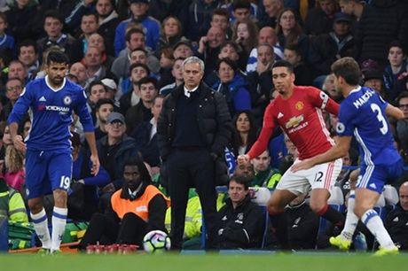 Khuc cua thang 11: Cuu canh cho MU va Mourinho - Anh 1