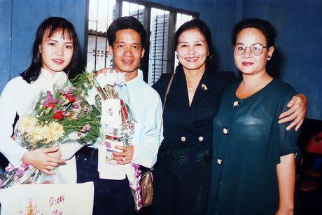 Ngam loat anh 'mot thoi tuoi tre' cua Viet Huong - Anh 8