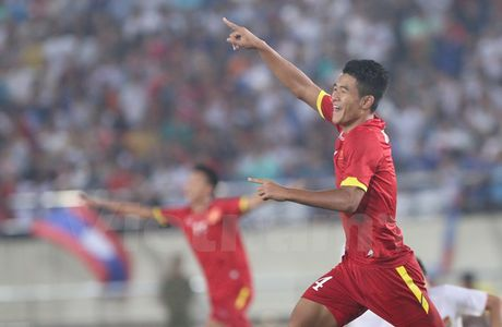 U19 Viet Nam chiu ton that lon truoc tran do suc voi U19 Nhat Ban - Anh 1
