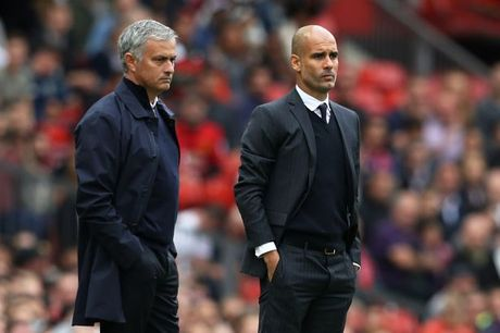 Quan diem chuyen gia: Mourinho se lam 'ton thuong' Man City - Anh 1