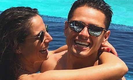 Lucia Villalon: Tu tinh tin don Ronaldo den vo sap cuoi cua Chicharito - Anh 9