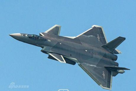 Tiem kich tang hinh J-20 Trung Quoc van dung dong co Nga? - Anh 6