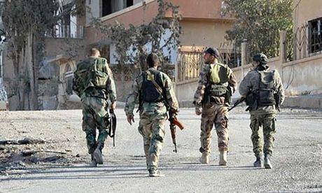Quan doi Syria lien minh voi nguoi Kurd ngan TNK 'xam luoc' - Anh 1