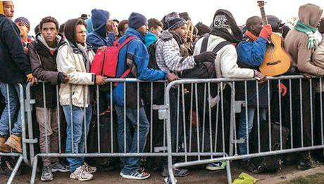 Phap do bo trai ti nan Calais: Het mien dat hua? - Anh 1
