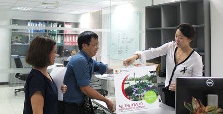 Central Group Viet Nam, Big C va Lan Chi ho tro dong bao lu lut mien Trung - Anh 2