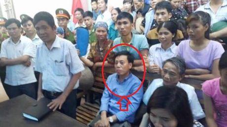 Huyen Yen Phong (Bac Ninh): Giam doc Ban QLDA thua nhan hanh vi 'ep' doanh nghiep chuyen tien - Anh 1