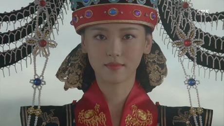 Nguoi tinh anh trang tap 18: Lee Jun Ki ket hon voi em gai cung cha khac me - Anh 12