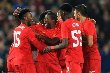 Danh bai Tottenham, Liverpool vao tu ket Cup Lien doan - Anh 1