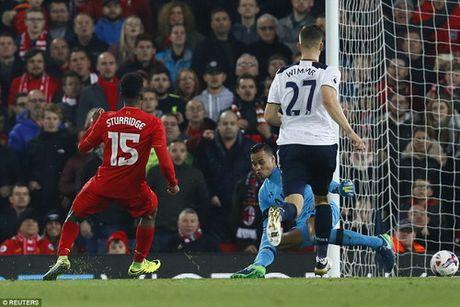 Danh bai Tottenham, Liverpool vao tu ket Cup Lien doan - Anh 4