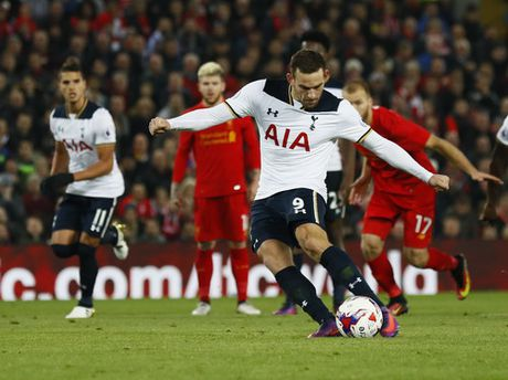 Danh bai Tottenham, Liverpool vao tu ket Cup Lien doan - Anh 5