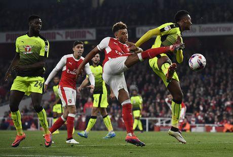Danh bai Tottenham, Liverpool vao tu ket Cup Lien doan - Anh 6