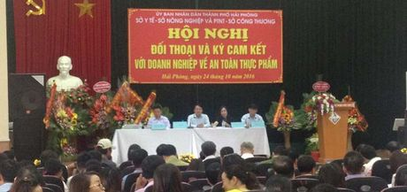 Hai Phong: Quyet tam ngan chan thuc pham ban - Anh 1
