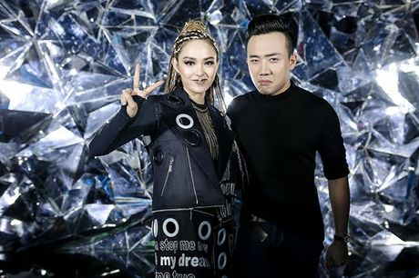 Minh Hang lay tien de danh lap gia dinh lam MV - Anh 8