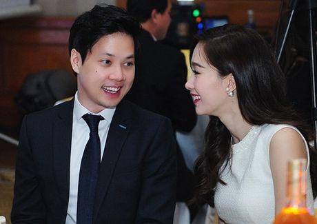 HH Dang Thu Thao lan dau dang anh cong khai nguoi yeu dai gia - Anh 6