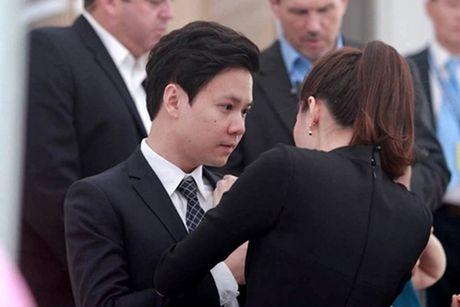HH Dang Thu Thao lan dau dang anh cong khai nguoi yeu dai gia - Anh 7