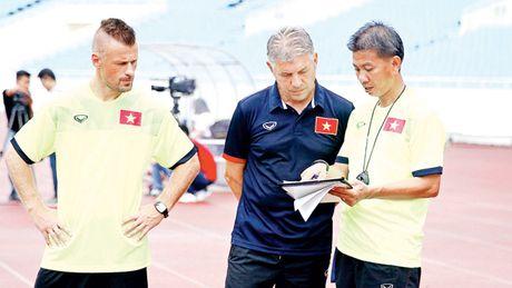Vu khi ngoai duong bien cua U19 Viet Nam - Anh 1