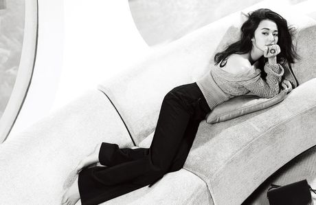 Ngam my nhan duoc menh danh la 'Angelina Jolie Hoa ngu' - Anh 1