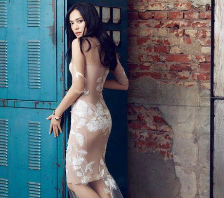 Ngam my nhan duoc menh danh la 'Angelina Jolie Hoa ngu' - Anh 3