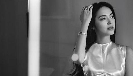 Ngam my nhan duoc menh danh la 'Angelina Jolie Hoa ngu' - Anh 6