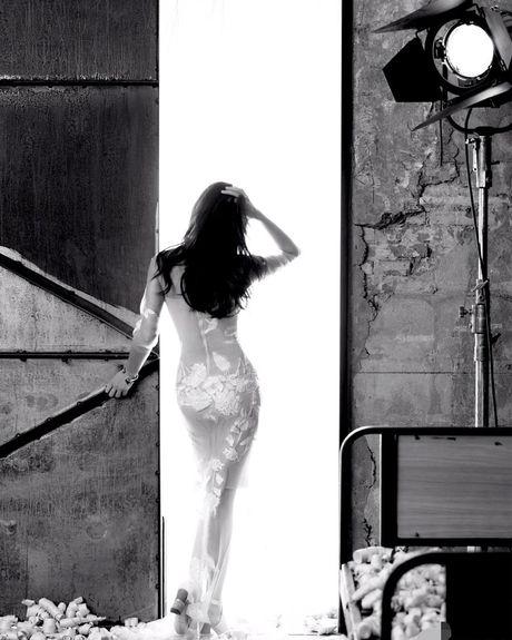 Ngam my nhan duoc menh danh la 'Angelina Jolie Hoa ngu' - Anh 7